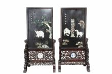 A PAIR OF LARGE APPLIQUE LACQUER SCREENS WITH CARVED STANDS