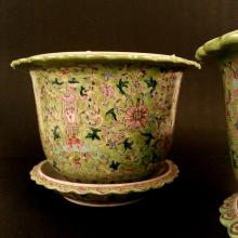 A pair of Chinese Qing QianLong Dynasty Green Glaze Potter with base.