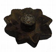 Chanucka Menorah made out of stone, 9 Kanim