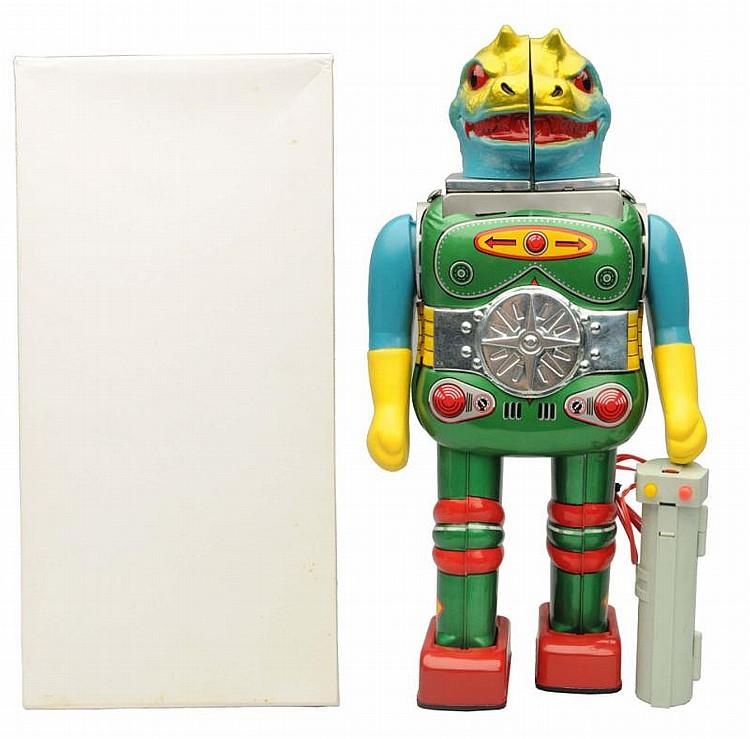 Tin Litho & Plastic Battery Op. Change Man.