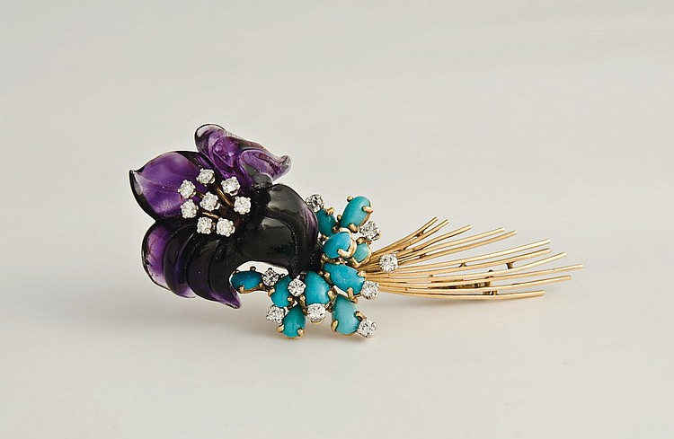FRENCH AMETHYST, DIAMOND AND TURQUOISE PIN IN THE FORM OF A FLOWER.