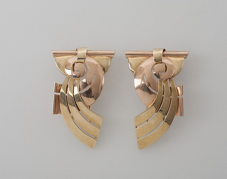 PAIR OF TWO-COLOR 14K GOLD SCATTER PINS OF ART DECO DESIGN.