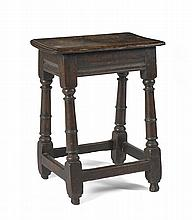 ENGLISH WILLIAM AND MARY OAK JOINT STOOL.