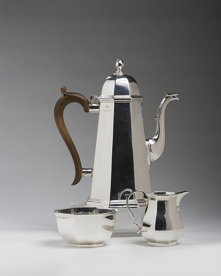QUEEN ELIZABETH II SILVER THREE-PIECE DEMITASSE SERVICE, MAKER'S MARK RE, LONDON, 1957-58.