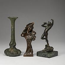THREE CONTINENTAL PATINATED-BRONZE AND METAL WARES, EARLY TWENTIETH CENTURY.