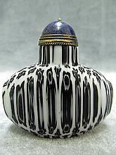 Chinese White and Black Peking Glass Snuff Bottle