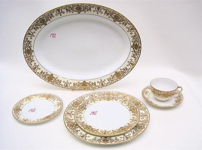 89 PIECE NORITAKE CHINA SET, pattern No. 175,