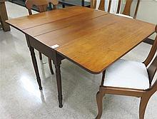 VICTORIAN TRANSITIONAL DROP-LEAF TABLE, American,