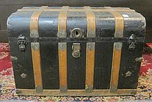 ANTIQUE TRAVEL TRUNK, American, 19th century,