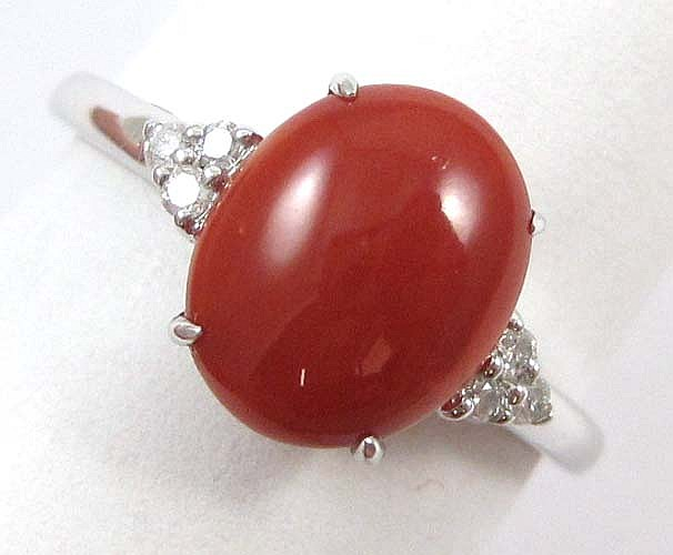 DIAMOND, RED CORAL AND FOURTEEN KARAT GOLD RING