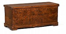 Wooden chest, decoration with sgrafitto