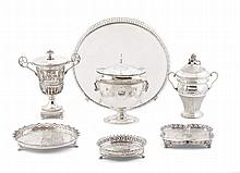 Urn with lid in French silver, 19th century