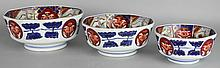NEST OF THREE IMARI OCTAGONAL BOWLS