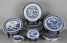 COLLECTION OF CHINESE CANTON BLUE AND WHITE WARES, 18TH/19TH C.