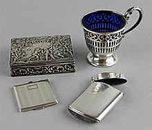 CONTINENTAL SILVER SNUFF BOX, A LOCKET/PICTURE FRAME, A MATCHSAFE AND A CUP WITH BLUE GLASS LINER