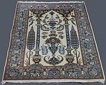 PRAYER DESIGN WOOL RUG