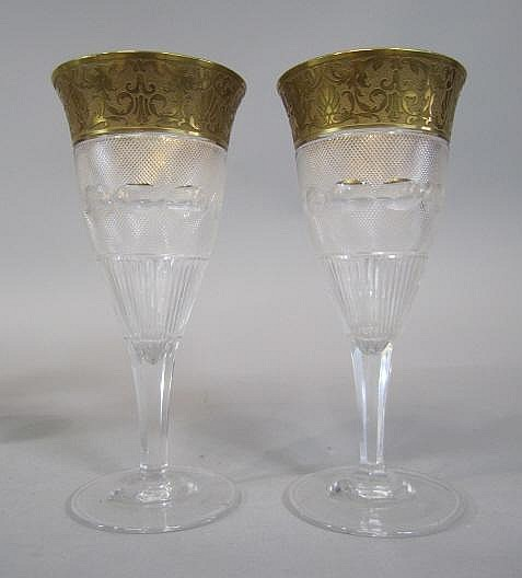 H80-196  PAIR OF MOSER SPLENDID GOLD WINE GLASSES