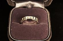 Tiffany & co. 750 Italy ;  white gold Diamond ring