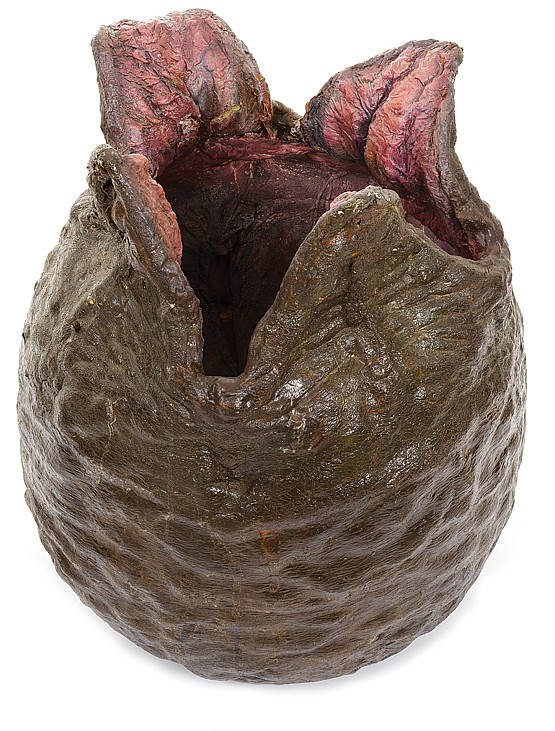 Screen-used animatronic alien egg from Aliens.
