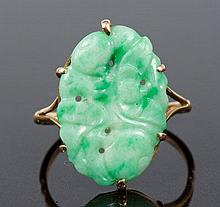 Early twentieth century Chinese jade / green