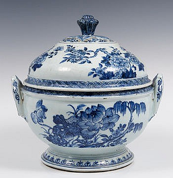 Mid-eighteenth century Chinese export blue and