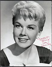 AUTOGRAPHS Doris Day: Autographed on 10