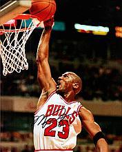 AUTOGRAPHS Basketball: Michael Jordan autographed on 10