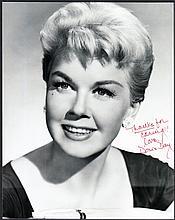 AUTOGRAPHS Doris Day: Autographed on 10