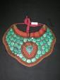 Parure pectorale de mariage du Nagaland (Inde du Nord). Composée de turquoises, de perles de corail et divers.