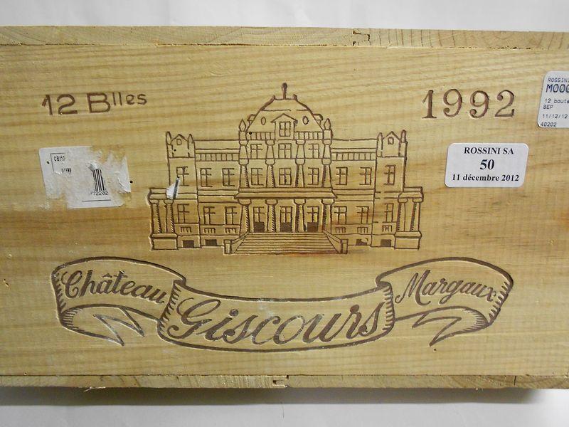 12 bouteilles CH. GISCOURS, 3° cru Margaux  1992  cb