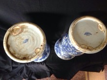 A pair of blue and white porcelain beakers