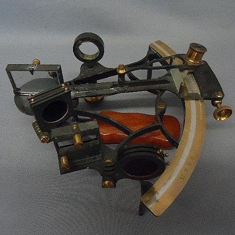 CASED SEXTANT BY HEATH & CO  NEW ELTHAM, LONDON