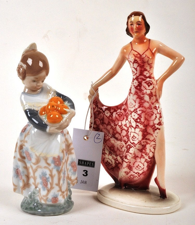 Lladro porcelain figure Valencian Girl, designed