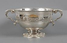 George V Irish sterling silver Celtic twin handled pedestal bowl