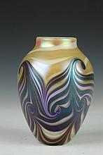 EICKHOLT GLASS COMPANY ART GLASS VASE, 2002. - 6 1/2 in. high.