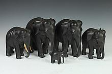 FIVE AFRICAN EBONY FIGURES OF ELEPHANT . - Largest: 7 in. high.