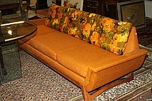 MID-CENTURY MODERN BLONDE WOOD LOW SOFA. 1970's. - 28 in. x 91 in. x 33 1/2 in.