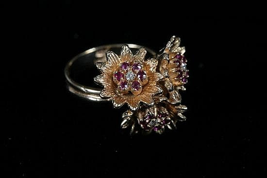 14K YELLOW GOLD, DIAMOND AND RUBY RING.