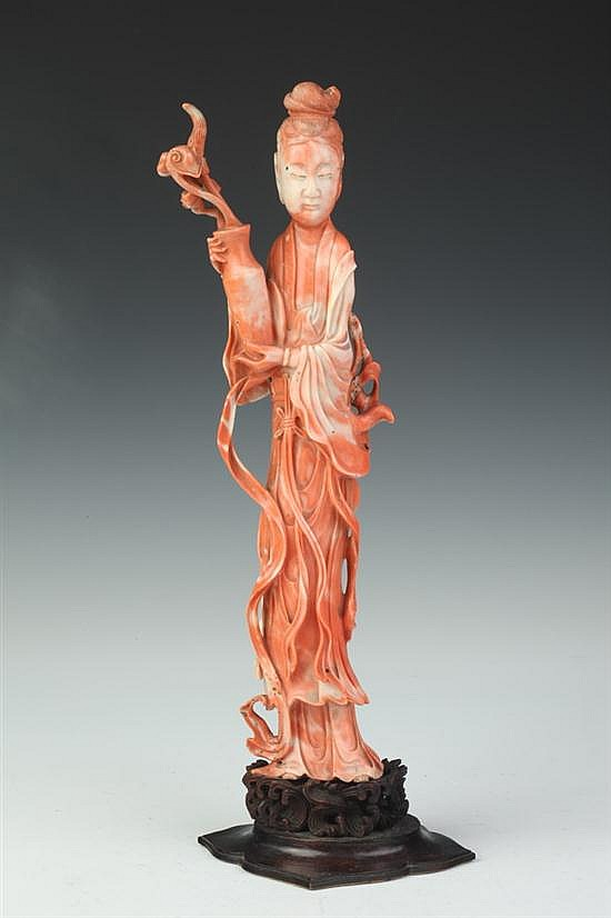 LARGE CHINESE CORAL FIGURE OF MEIREN, Late 19th/early 20th century. - 13 1/4 in. high.