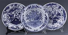 A collection of three Delft plates, 18th century (3)