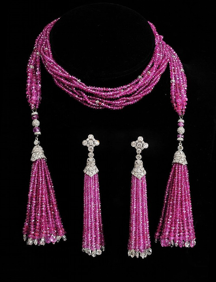 18K WHITE GOLD, DIAMOND AND PINK SAPPHIRE BEAD NECKLACE AND MATCHING EARRINGS