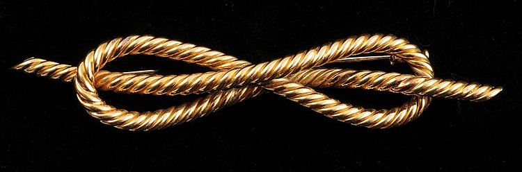 VAN CLEFF & ARPELS 18K GOLD ROPE BOW PIN, PARIS