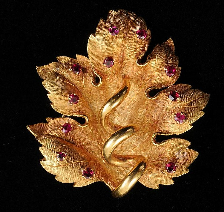 ITALIAN 18K GOLD AND RUBY LEAF BROOCH