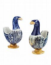 WEMYSS WARE PAIR OF SMALL GOOSE FLOWER HOLDERS, EARLY 20TH CENTURY 15.5cm high