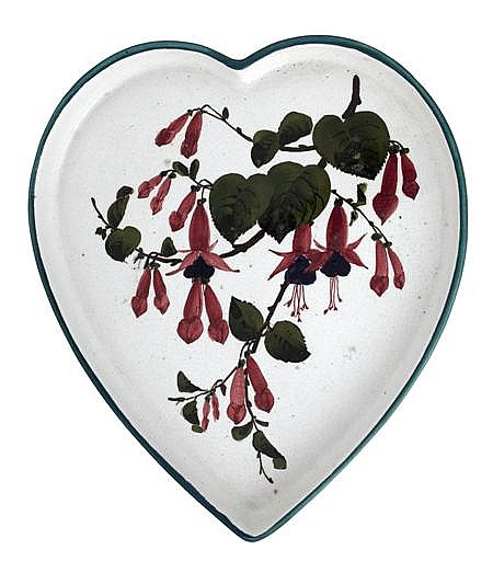 WEMYSS WARE 'FUSCHIA' PATTERN HEART-SHAPED TRAY, CIRCA 1910 31cm across