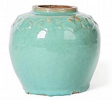 CHINESE GREEN GLAZED POTTERY JAR SONG / YUAN DYNASTY 13cm diam, 13cm high