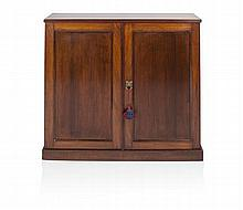 TWO DOOR GEORGIAN MAHOGANY CABINET 86cm wide, 92cm high, 25cm deep