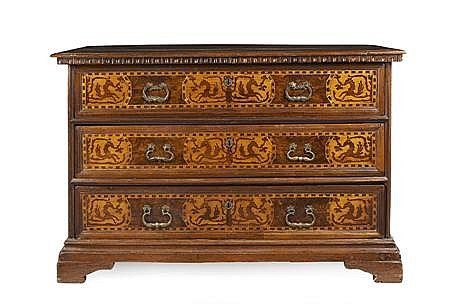 NORTH ITALIAN WALNUT MARQUETRY COMMODE 18TH CENTURY 143cm wide, 96cm high, 62cm deep