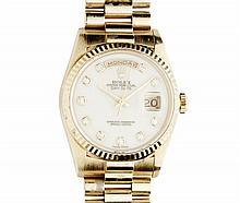 ROLEX - A gentleman's 18ct gold Oyster Perpetual Day Date wrist watch Dial diameter: 28mm