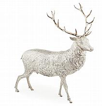 A modern model of stag Height: 30cm, 49.5oz
